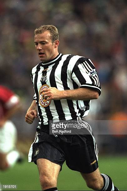Alan Shearer of Newcastle United in action during their pre-season friendly against PSV Eindhoven at Lansdowne Road in Dublin, Ireland. \ Mandatory...