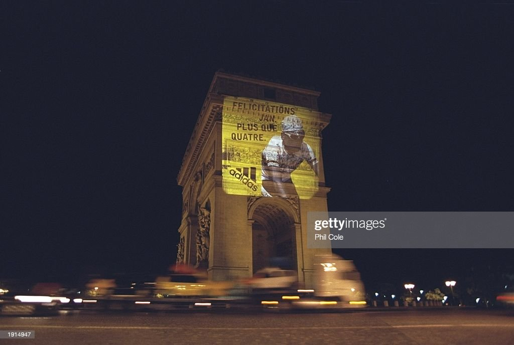 L''arc de Triomphe Jan Ullrich : News Photo