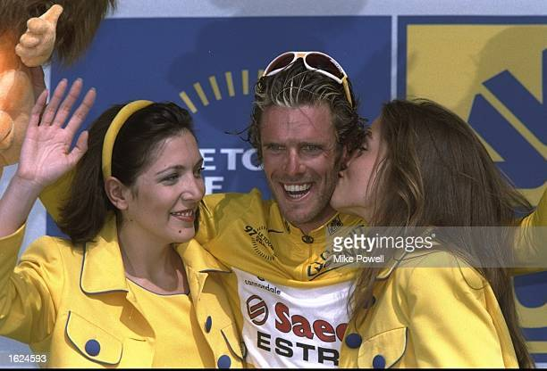 Mario Cipollini of Italy and team Saeco retains the yellow jersey after stage 4 of the 84th Tour de France from Plumelec to Le Puy de Fou. \...