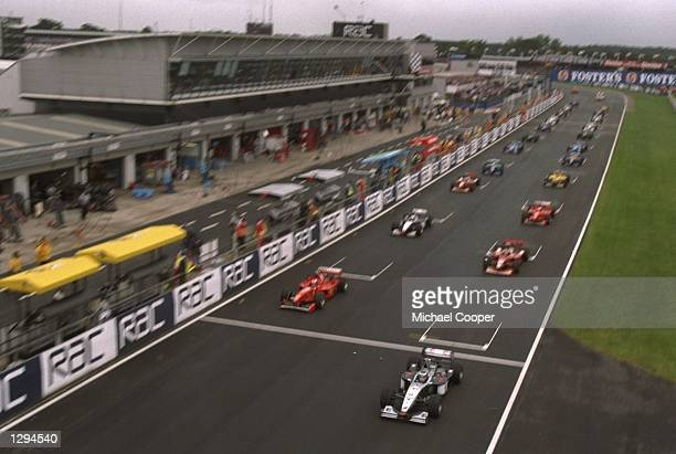 General view of the start of the British Grand Prix at the Silverstone circuit in Northampton England Mandatory Credit Michael Cooper/Allsport