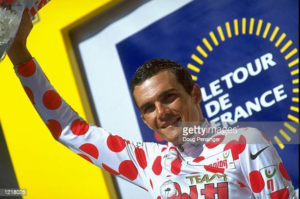Richard Virenque of France and Team Polti claims the polkadot jersey as King of the Mountains leader after Stage 10 of the Tour de France between...