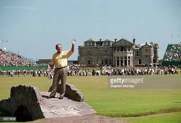 Jack Nicklaus of the USA waves goodbye on the last hole of his last British Open Championship at St Andrews Links Old Course in Fife, Scotland. \...