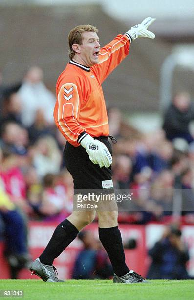 Andy Goram of Boreham Wood during the PreSeason Friendly against Arsenal at Meadow Park in Boreham Wood England Mandatory Credit Phil Cole/Allsport