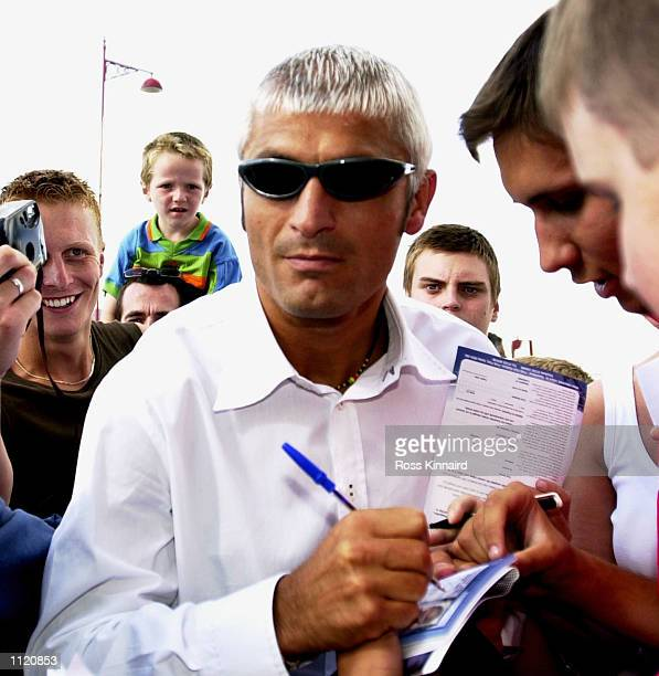 Fabrizio Ravanelli arrives at the the Pride Park Stadium in Derby for talks with the Premiership Club prior to the 2001 season Derby England DIGITAL...