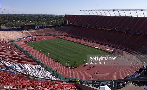 General overview of the Commonwealth Stadium venue for the Eighth IAAF World Athletics Championships in Edmonton Canada DIGITAL IMAGE Mandatory...