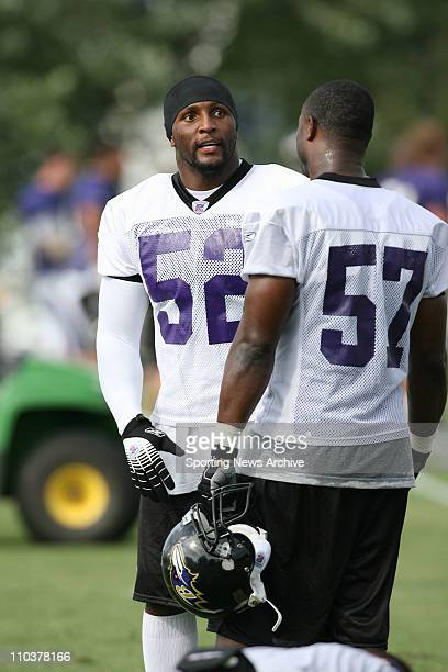 Jul 28 2006 Westminster MD USA Baltimore Ravens RAY LEWIS and BART SCOTT during training camp on the campus of McDaniel College in Westminster MD