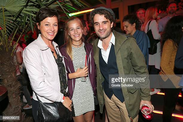 Jule Ronstedt and her daughter Helene and Oliver Wnuk during the after party of the premiere for the film 'Maennertag' at Mathaeser Filmpalast on...