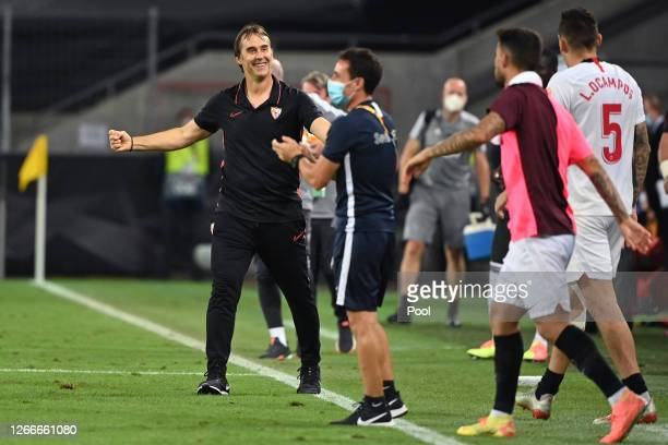 Julen Lopetegui, Head Coach of Sevilla FC celebrates victory following the UEFA Europa League Semi Final between Sevilla and Manchester United at...