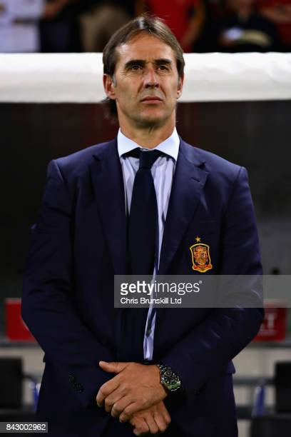 Julen Lopetegui Headcoach of Spain looks on before the FIFA 2018 World Cup Qualifier between Liechtenstein and Spain at Rheinpark Stadion on...