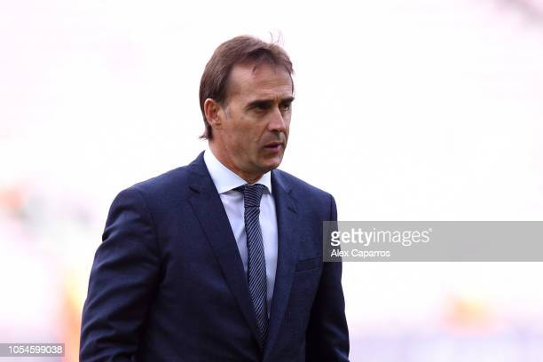 Julen Lopetegui Manager of Real Madrid looks on as heads on target walks on the pitch prior to the La Liga match between FC Barcelona and Real Madrid...