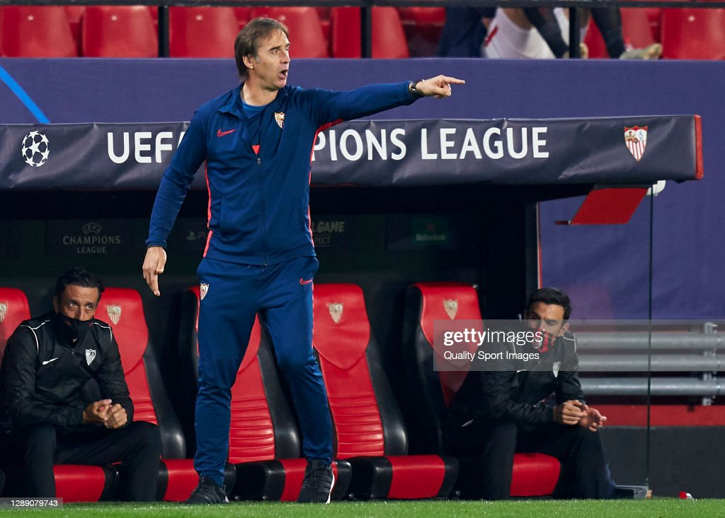FC Sevilla v Chelsea FC: Group E - UEFA Champions League : News Photo