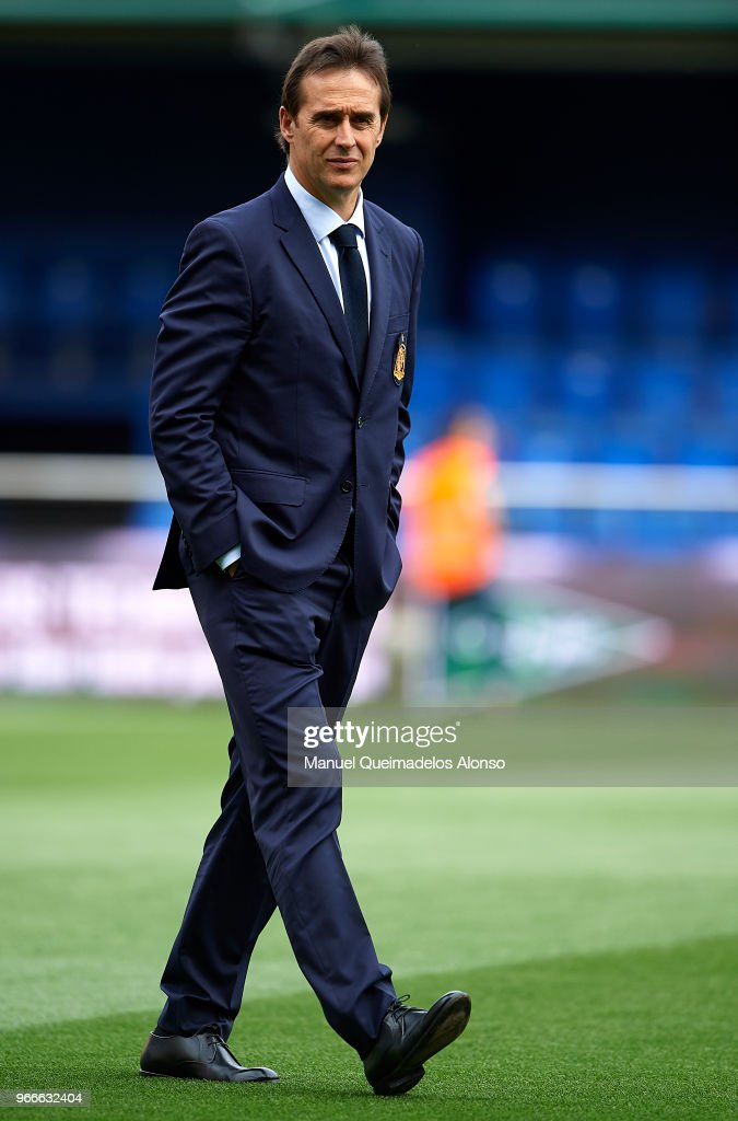 Julen Lopetegui, manager of Spain walks on the pitch prior to the International Friendly match between Spain and Switzerland at Estadio de La Ceramica on June 3, 2018 in Villareal, Spain.