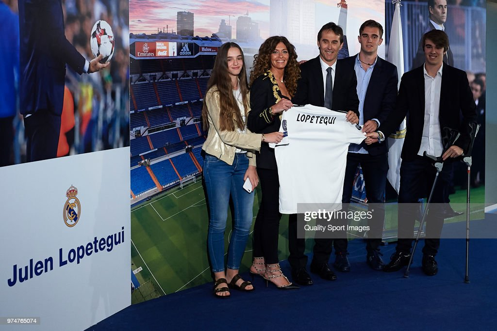 Julen Lopetegui (C) poses with his family after being announced as the new coach of Real Madrid at Santiago Bernabeu Stadium on June 14, 2018 in Madrid, Spain.