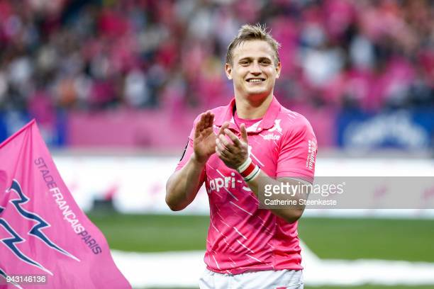 Jules Plisson of Stade Francais Paris thanks the fans after the French Top 14 match between Stade Francais Paris and ASM Clermont Auvergne at Stade...
