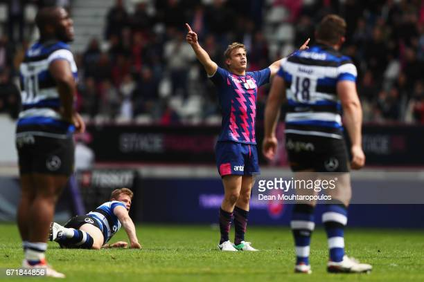 Jules Plisson of Stade Francais takes and scores what turns out to be the winning points during the European Rugby Challenge Cup match between Stade...