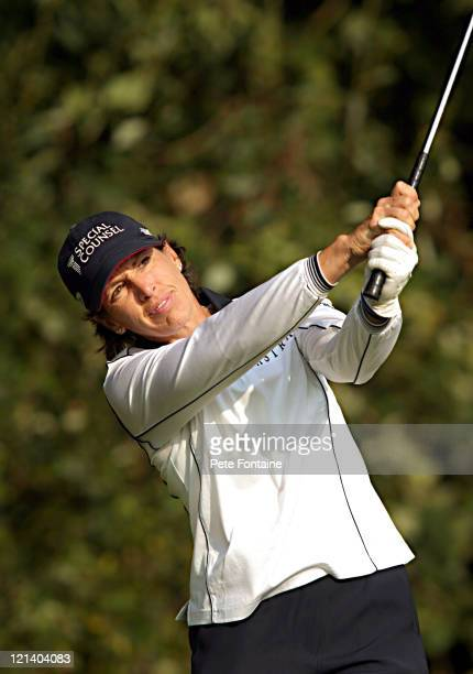 Juli Inkster competes during the first round of the Weetabix Women's British Open at the Sunningdale Golf Club July 29 2004