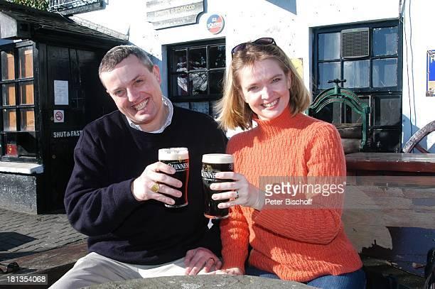 Julia Biedermann Ehemann Matthias Steffens Johnnie FoxÏs Pub The Dublin Mountains Glencullen Co Dublin Irland Irish Pub Guinness Bier Alkohol...