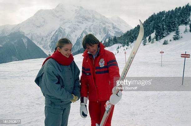 Julia Biedermann Name auf Wunsch Mayrhofen Tirol ZDFSerie 'Ich heirate eine Familie' Folge 'Schumanns Winterreise' Weihnachtsspecial Schnee Winter...