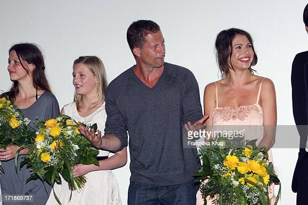 Julia Brendler Luna Schweiger Til Schweiger And Jana Pallaske at the Premiere Of Phantom Pain In Cinema In The Culture brewery in Berlin