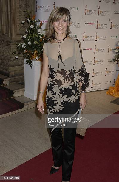 Julia Carling The Pantene Pro V Awards 2002 At The Royal Albert Hall London