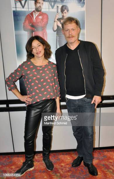 Julia Cencig and Andreas Lust pose during the 'Landkrimi Stadkomoedien' photo call at ORF Zentrum on November 26 2018 in Vienna Austria