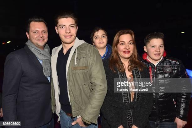 Julia Dahmen Carlo Fiorito and their children Joshua Fiorito Emilio Fiorito and Mikosch Fiorito attend Circus Krone celebrates the premiere of 'In...