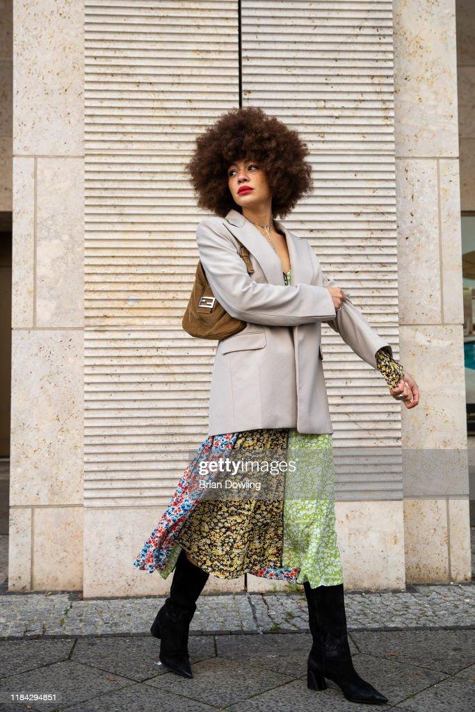 Street Style - Berlin - October 29, 2019 : News Photo