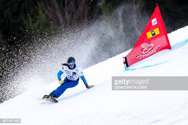 TOPSHOT Julia Dujmovits of Austria takes part in the qualifying race of the ladies Snowboard giant slalom of the FIS Snowboard World Cup in Lackenhof...
