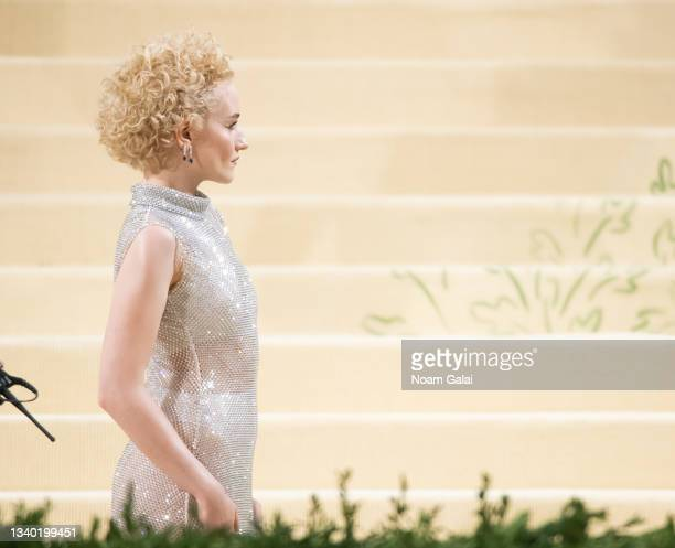 Julia Garner attends the 2021 Met Gala celebrating 'In America: A Lexicon of Fashion' at The Metropolitan Museum of Art on September 13, 2021 in New...