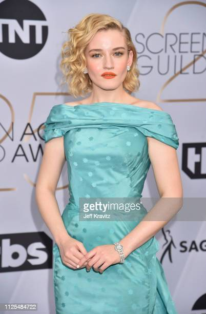 Julia Garner attends the 25th Annual Screen ActorsGuild Awards at The Shrine Auditorium on January 27, 2019 in Los Angeles, California.