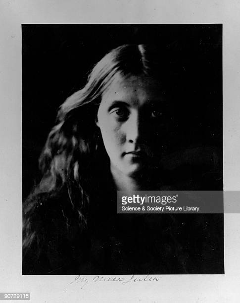 Julia J full face' April 1867 Photographic portrait of Julia Jackson mother of the writer Virginia Woolf by Julia Margaret Cameron Cameron's...