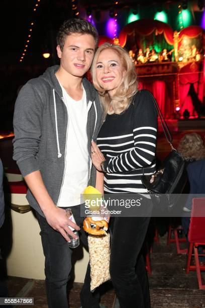 Julia Kent and her son Jacob Kent during the premiere of the Circus Roncalli '40 Jahre Reise zum Regenbogen' on October 7 2017 in Munich Germany