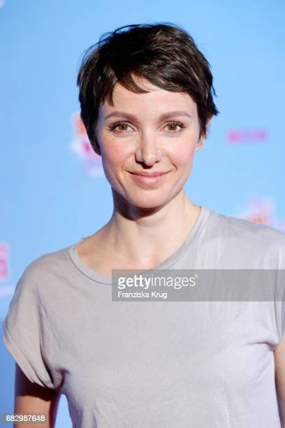 Julia Koschitz during the premiere of the film 'Hanni Nanni Mehr als beste Freunde' at Kino in der Kulturbrauerei on May 14 2017 in Berlin Germany