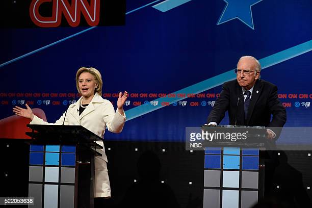 """Julia Louis-Dreyfus"""" Episode 1701 -- Pictured: Kate McKinnon as Hillary Clinton and Larry David as Bernie Sanders during the """"Brooklyn Democratic..."""