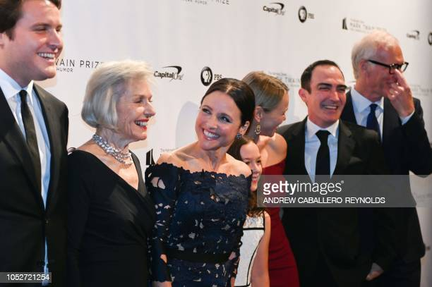 Julia LouisDreyfus poses with her son Henry Hall mother Judith Bowles her sister actress Lauren Bowles and husband Patrick Fischler and their...