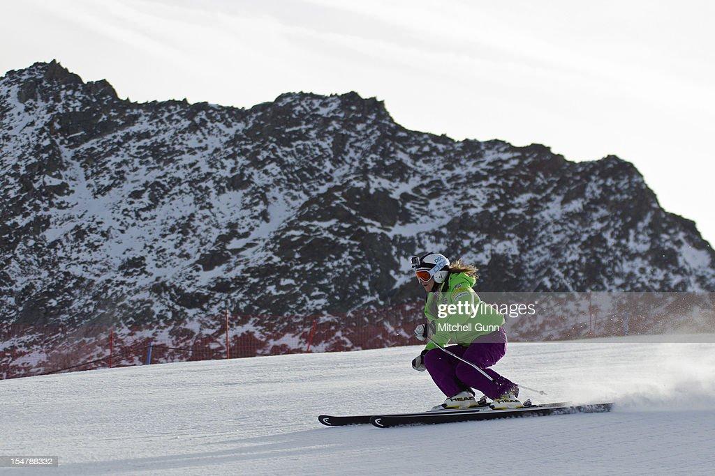 Audi FIS Alpine Ski World Cup - Giant Slalom Previews : Fotografía de noticias