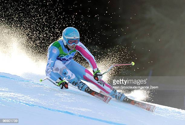 Julia Mancuso of the USA skis during the Women's Alpine Skiing SuperG on Day 9 of the 2010 Vancouver Winter Olympic Games on February 20 2010 in...