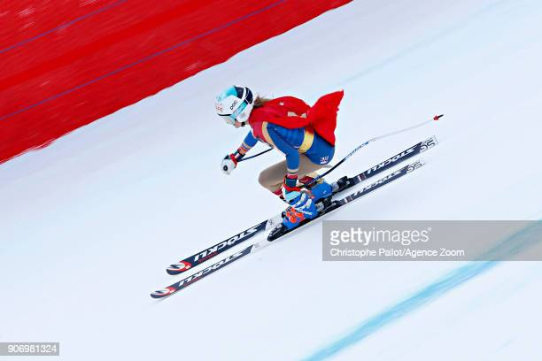 Julia Mancuso of USA in action during the Audi FIS Alpine Ski World Cup Women's Downhill on January 19 2018 in Cortina d'Ampezzo Italy