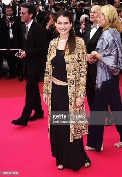Julia Ormond during Cannes 2001 - Apocalypse Now Premiere at Palais des Festivals in Cannes, France.