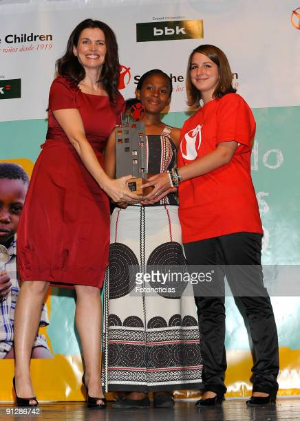 "Julia Ormond receives a ""Save The Children Award"" at the Circulo de las Bellas Artes on September 30, 2009 in Madrid, Spain."