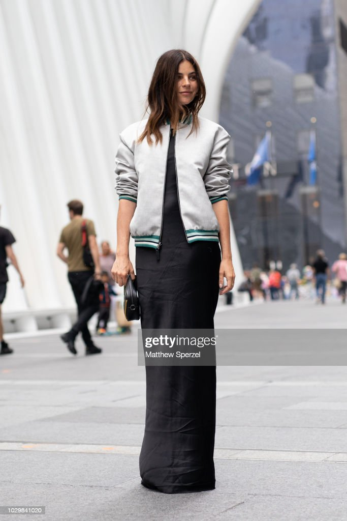Street Style - New York Fashion Week September 2018 - Day 4 : News Photo