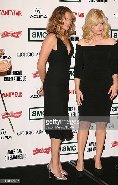 Julia Roberts and Bonnie Hunt during The 21st Annual American Cinematheque Award Honoring George Clooney Press Room at Beverly Hilton Hotel in...