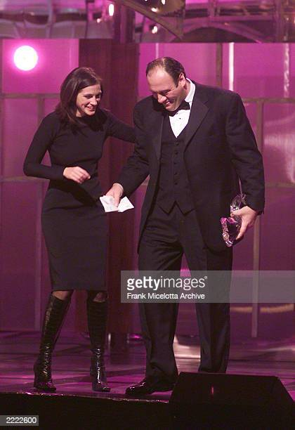 Julia Roberts and James Gandolfini at the 2000 GQ 'Men of the Year' Awards at the Beacon Theater in New York City 10/26/00 The show airs on the FOX...