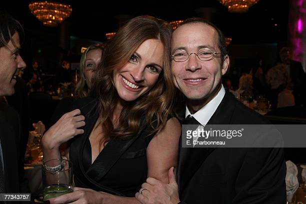 Julia Roberts and Richard Lovett at The 22nd Annual American Cinematheque Award at the Beverly Hilton Hotel on October 12 2007 in Beverly Hills...