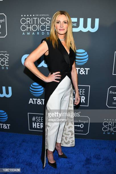 Julia Roberts at Claire Foy Accepts The #SeeHer Award At The 24th Annual Critics' Choice Awards The Barker Hanger on January 13, 2019 in Santa...