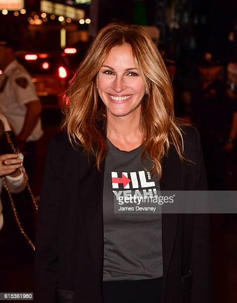 Julia Roberts attends Hillary Victory Fund Stronger Together concert at St James Theatre on October 17 2016 in New York City