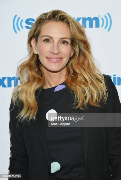 Julia Roberts attends SiriusXM's 'EW Spotlight' with Julia Roberts on December 4, 2018 in New York City.