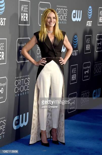 Julia Roberts attends the 24th Annual Critics' Choice Awards at Barker Hangar on January 13 2019 in Santa Monica California