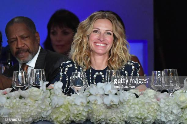 Julia Roberts attends the 47th AFI Life Achievement Award honoring Denzel Washington at Dolby Theatre on June 06, 2019 in Hollywood, California....