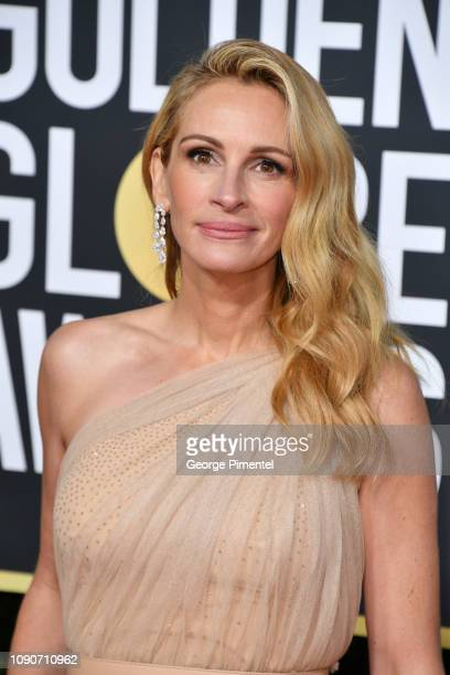 Julia Roberts attends the 76th Annual Golden Globe Awards held at The Beverly Hilton Hotel on January 06, 2019 in Beverly Hills, California.